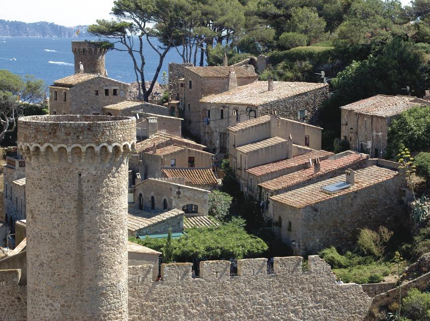 Costa Brava. Recinte medieval de Vila Vella de Tossa de Mar   (Oficina Municipal de Turisme de Tossa de Mar)