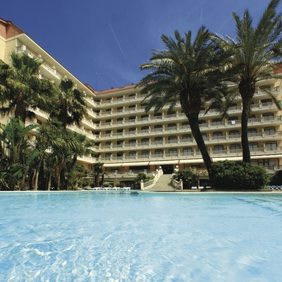 Costa de Barcelona. Vista de l'Aqua Hotel Bella Playa   (Aqua Hotel)
