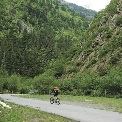 Pirineos. Carrera del Fornet en Esterri d'Àneu   (Consorci de Turisme de la Vall D'Àneu)