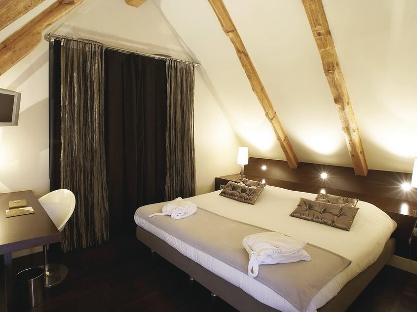 Pirineos. Habitación del Hotel Sant Roc, en Solsona   (Sant Roc Hotel & Spa)