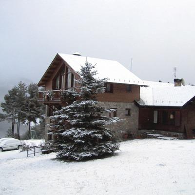 Pirineos. El Niu dels Falcons, en La Molina   (Niu de Falcons)