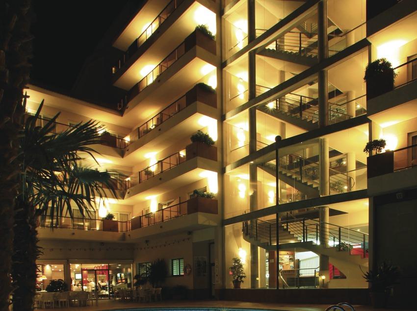 Costa de Barcelona. Piscina de l'Aqua Hotel Promenade   (Aqua Hotel)