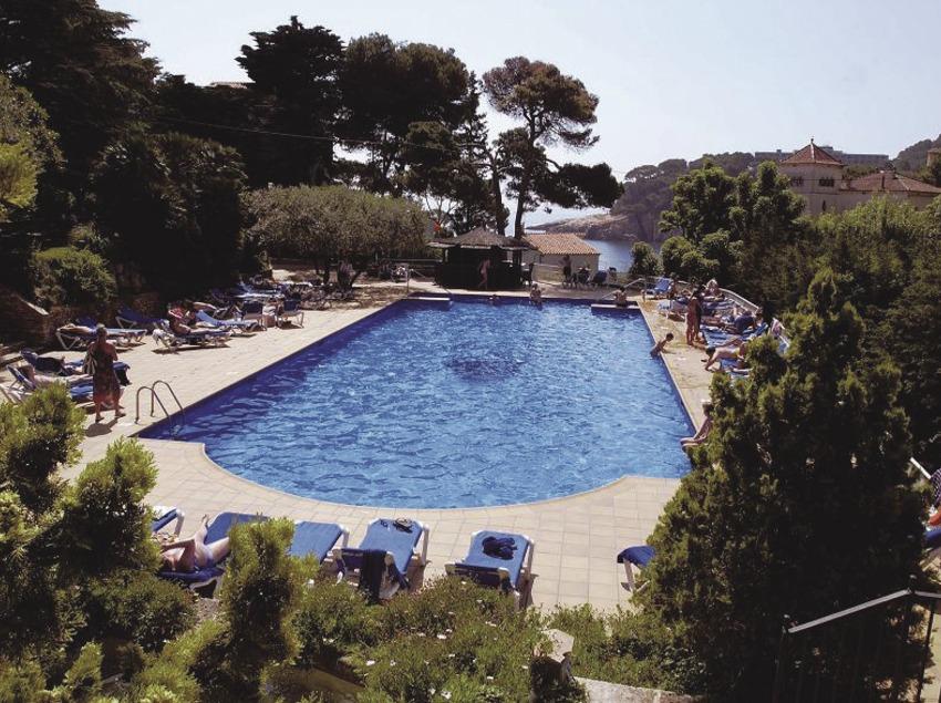 Costa Brava. Piscina i vistes exteriors de l'Hotel Aiguablava, a Begur   (Hotel Aiguablava)