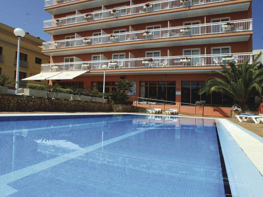 Lloret de Mar. Vista general de l'Aqua Hotel Bertran   (Aqua Hotel)