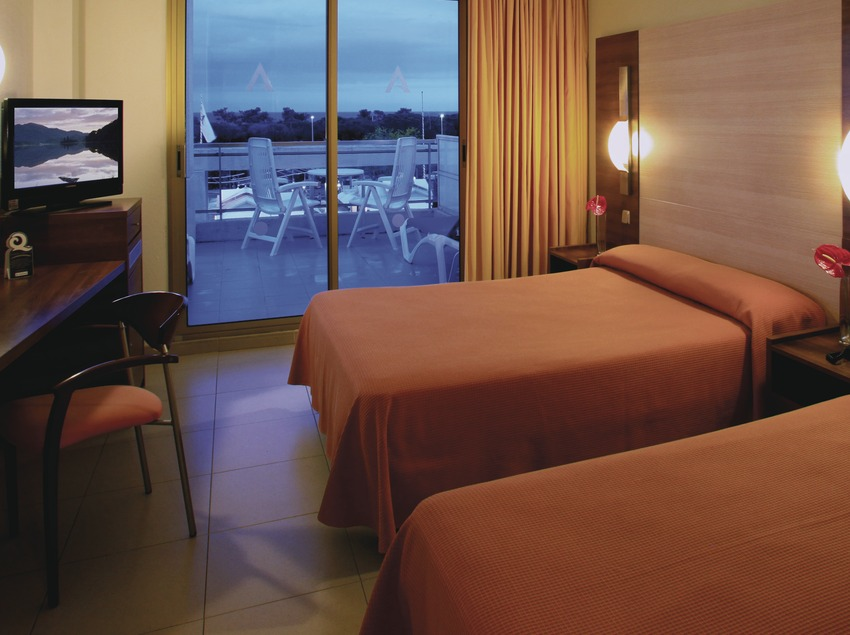 Costa de Barcelona. Aqua Hotel Aquamarina, en Santa Susanna   (Aqua Hotel)