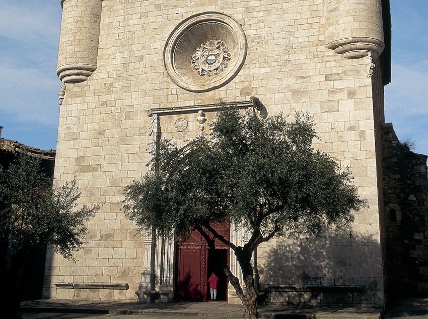 Die Kirche Sant Esteve.  (Servicios Editorials Georama)
