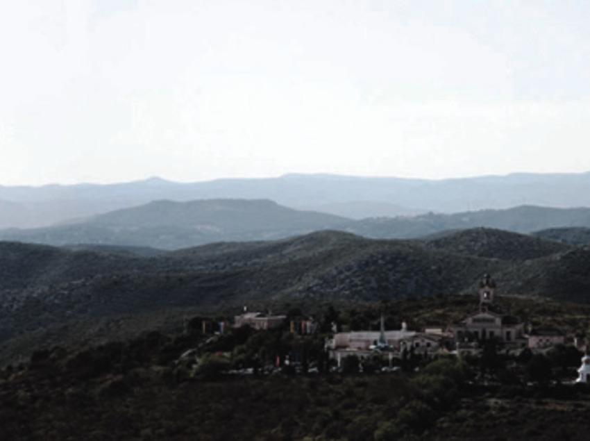 Monestir del Garraf, Monjos budistes Sakya Tashi Ling