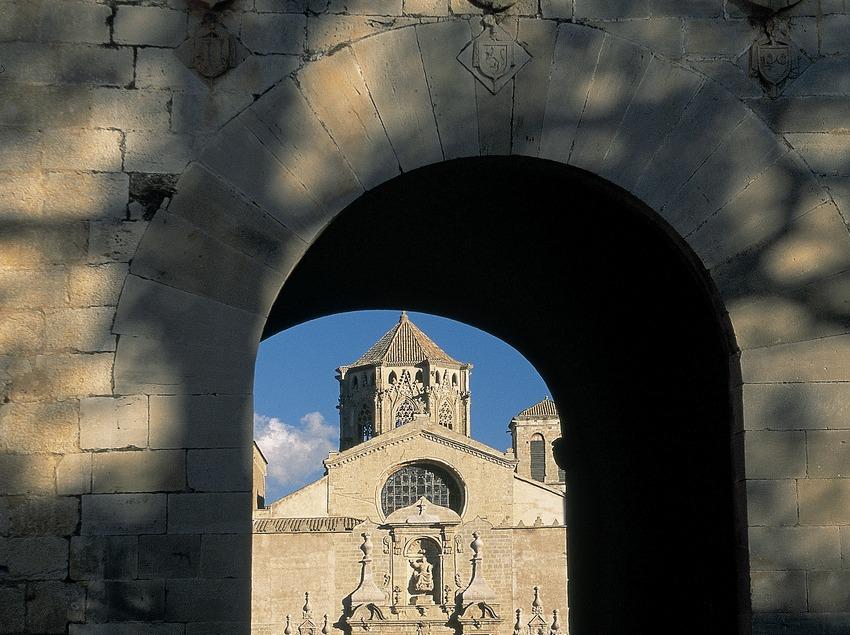 Entrada al monestir de Poblet  (Servicios Editorials Georama)
