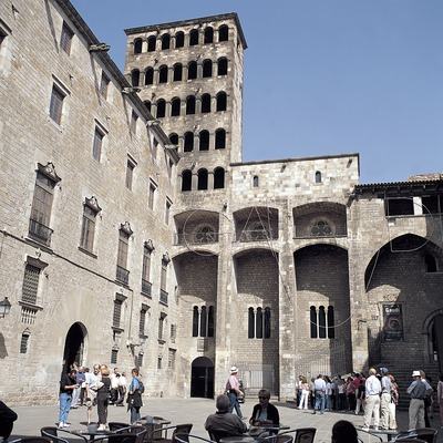 La Plaça del Rei amb el Palau Reial Major i la torre de Martí l'Humà.  (Felipe J. Alcoceba)