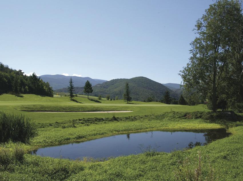 18 hoyos para jugadores senior   (Aravell Golf)