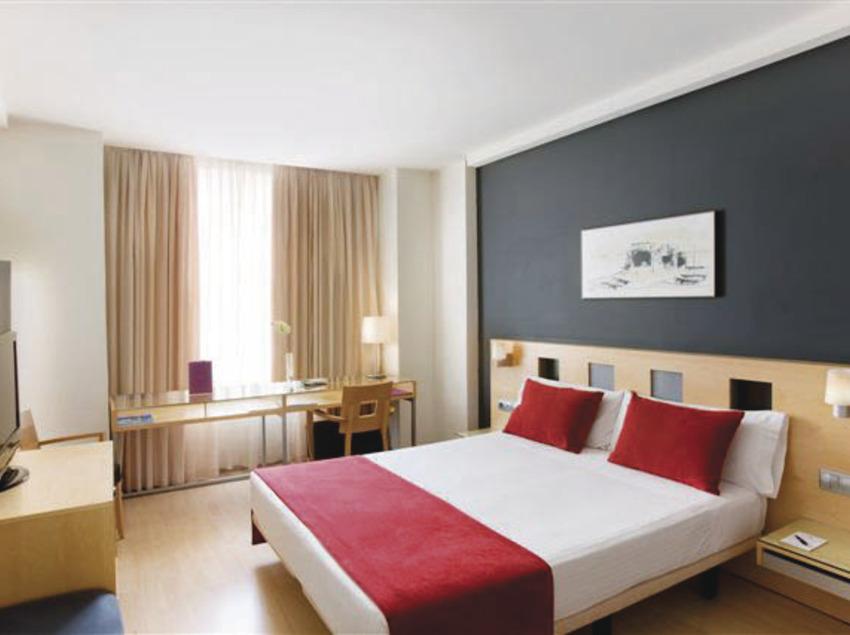 Conèixer Barcelona amb Ayre Hotel   (Ayre Hotel Caspe ****)