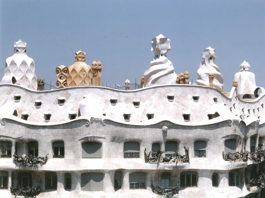 Châteaux et bâtiments classés   (Monumenta)