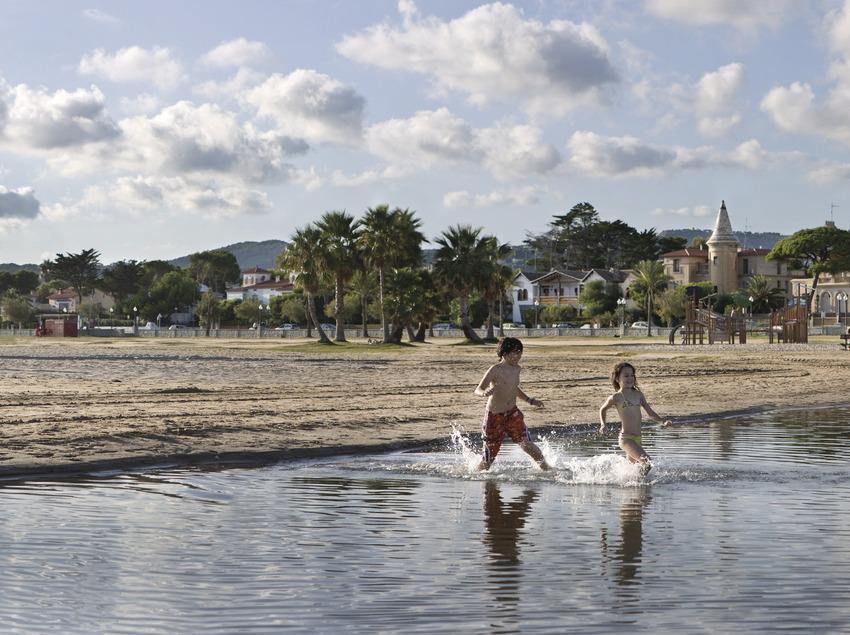 Banys de plaer i de salut   (Patronat Municipal de Turisme del Vendrell)