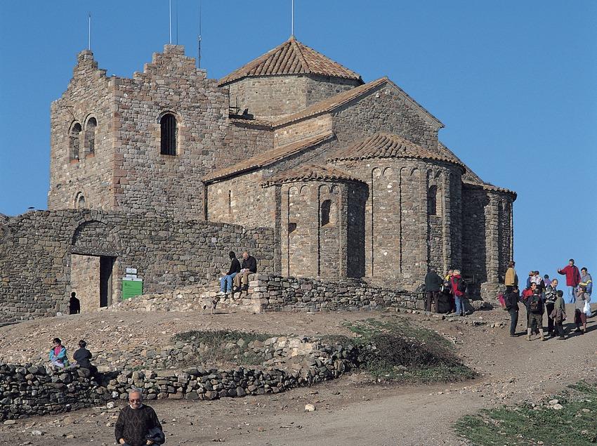Monasterio de Sant Llorenç del Munt. Parque Natural de Sant Llorenç de Munt i la Serra de l'Obac.  (Francesc Muntada)