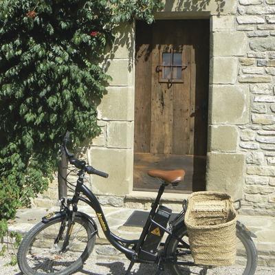 Voyager en vélo électrique rural   (Burricleta)