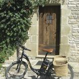 Viatge amb bicicleta elèctrica rural   (Burricleta)
