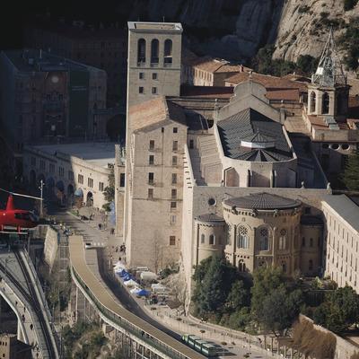 Vol turístic a Montserrat   (Barcelona Helicòpters (Helipistas))