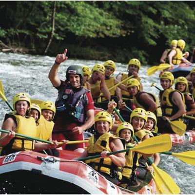 Rafting dans les Pyrénées   (Naut Viajes)