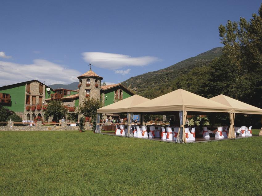 Pack Ràfting Deluxe   (Turisnat Pirineus- Ràfting Pallars)