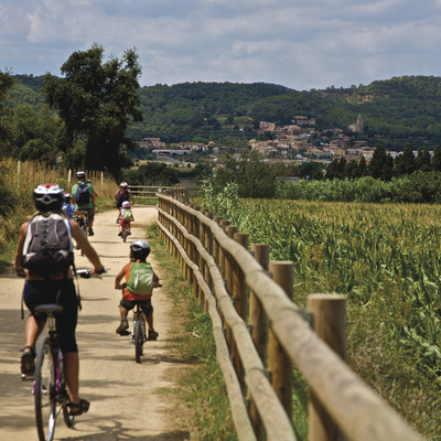 Descobrir Girona amb bicicleta   (Consorci de les Vies Verdes de Girona)
