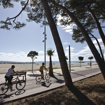 Indoor and outdoor sport   (Turisme de Cambrils)