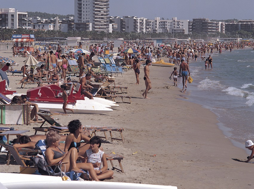 Playa de Llevant a Salou.  (Rafael López-Monné)