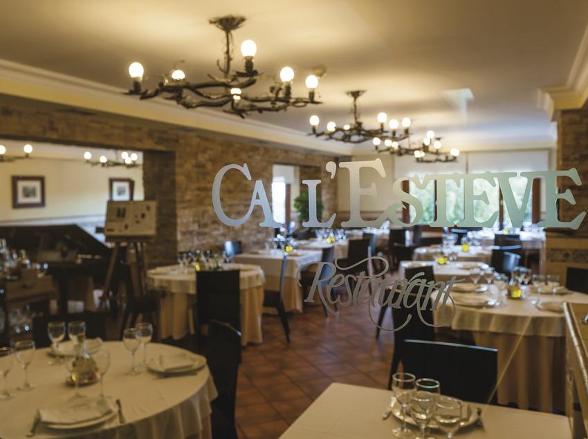 Ca l'Esteve, interior del restaurant. (Marc Castellet)