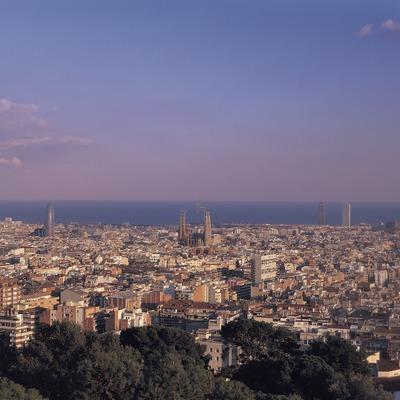 Barcelona des del Parc Güell.  (Francesc Muntada/Sincronia)