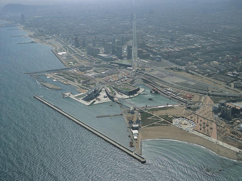 Vista aérea del recinto del Fòrum 2004, Barcelona.   (TAVISA)