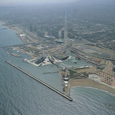 Vista aèria del recinte del Fòrum 2004, Barcelona.   (TAVISA)