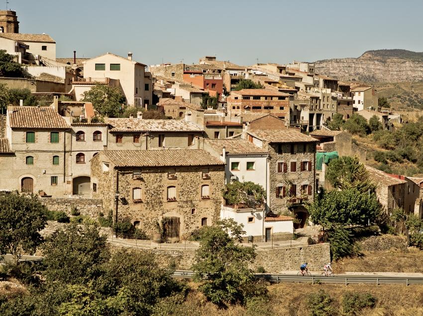 Pobles dalt la carena, envoltats de barrancs i carenes, molt típics de la zona. (Patronat Municipal de Turisme de Cambrils)