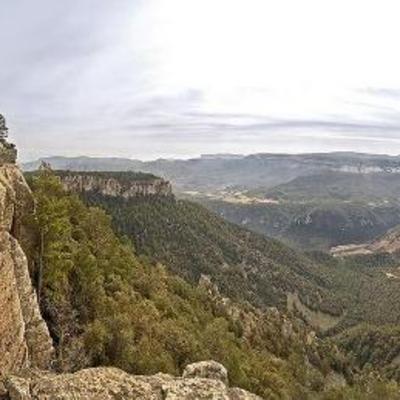 Paga la pena pujar a les muntanyes de Prades per gaudir de les vistes. (Oficina de turisme de Mont-roig del Camp)