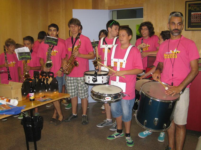 Els nens també fan concerts al Beatles Weekend. (©Arxiu fotogràfic de l'Ajuntament de Torroella de Montgrí i l'Estartit)