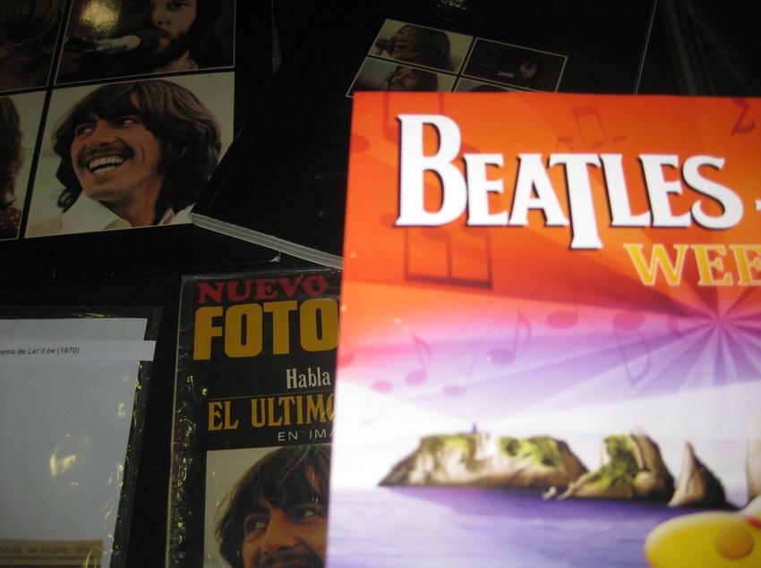 Material dels Beatles al Beatles Weekend. (©Arxiu fotogràfic de l'Ajuntament de Torroella de Montgrí i l'Estartit)