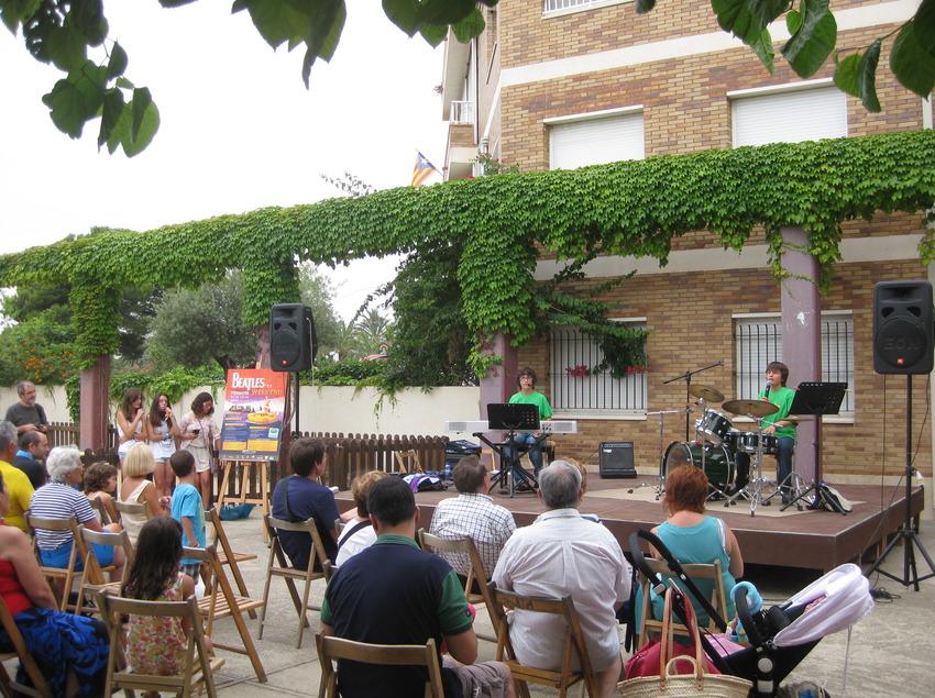 Tres dies de música al Beatles Weekend. (©Arxiu fotogràfic de l'Ajuntament de Torroella de Montgrí i l'Estartit)