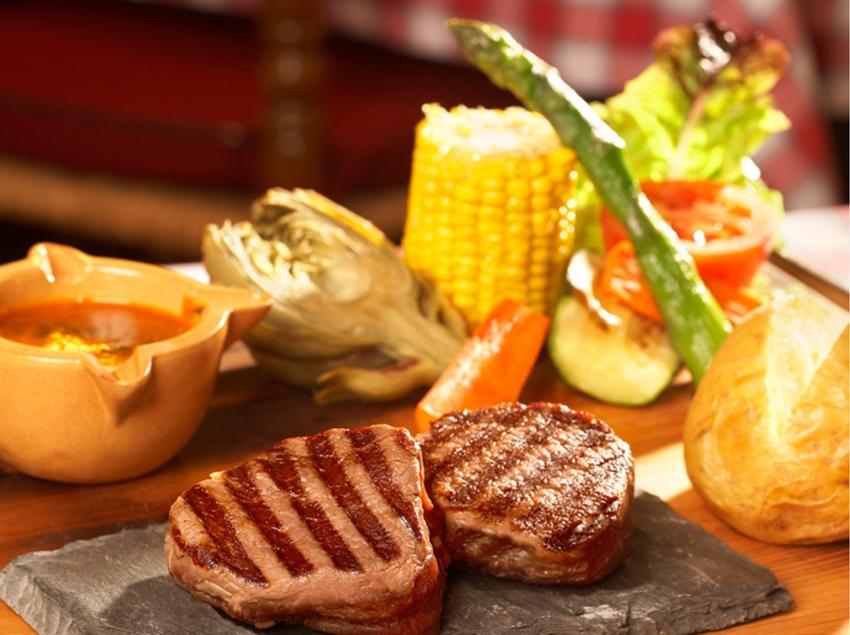 Plat de carn a la brasa   (Restaurant Don Quijote)
