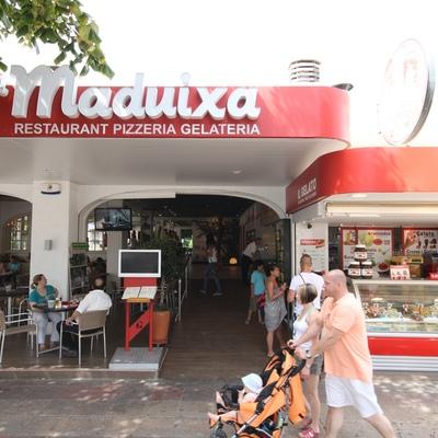 El restaurant   (La Maduixa)