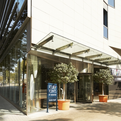 Entrada al hotel   (Four Points By Sheraton Barcelona Diagonal)