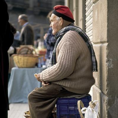 Paysans au marché de Ripoll.