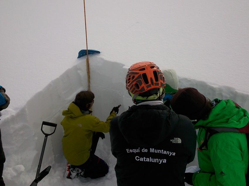 Taller de nivologia    (Guies Vall Fosca)