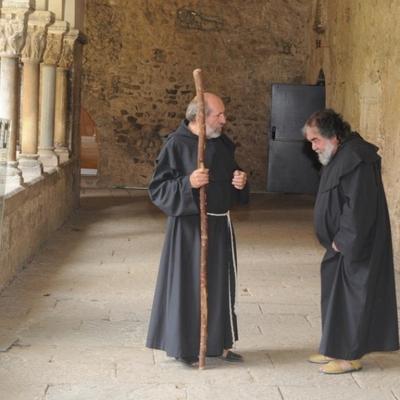 Dejar hablar a los capiteles     (Monestir de Sant Cugat)