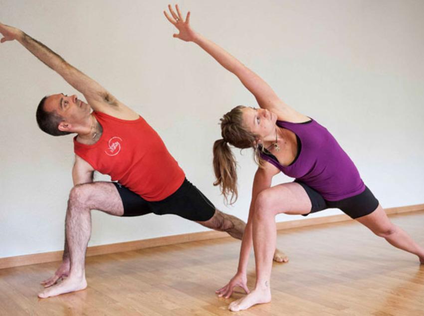 Sessió de ioga     (Hootik)