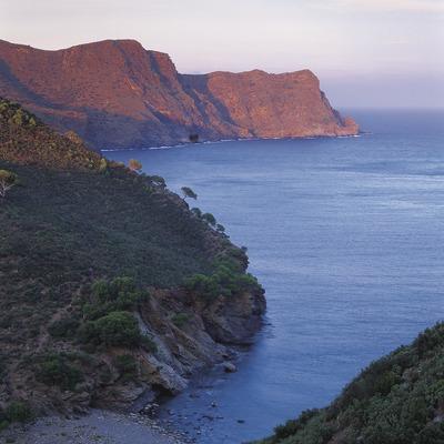 Badia de Jóncols i Punta de Sa Figuera, al Parc Natural del Cap de Creus  (Oriol Alamany)