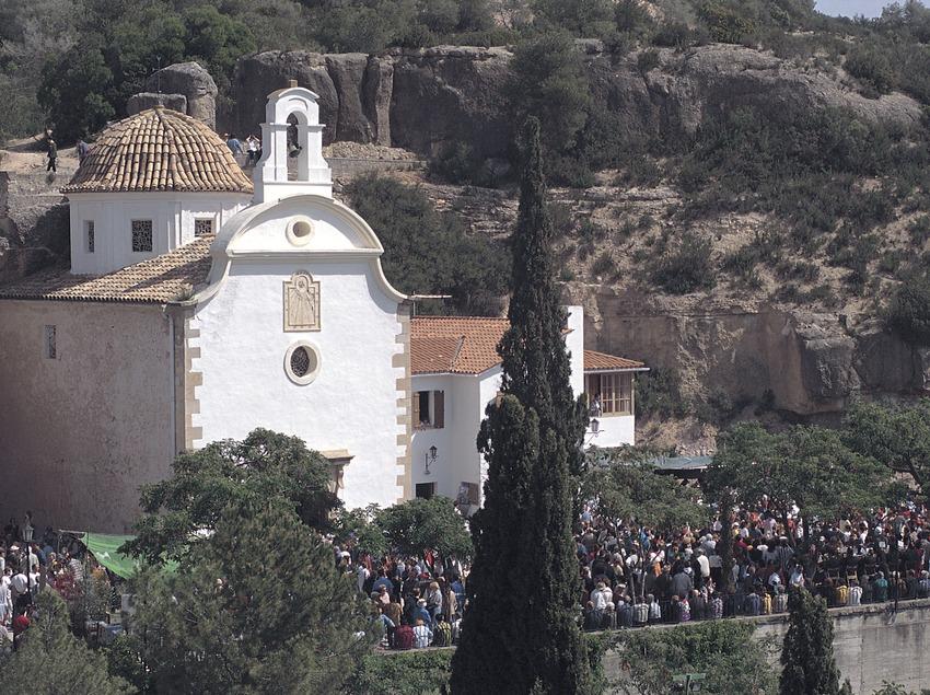 Romería en la ermita de la Virgen del Remei, Flix.  (Rafael López-Monné)