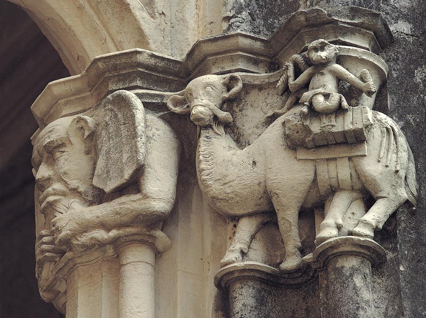 Monasterio cisterciense de Santes Creus. Capitel del claustro mayor  (Toni Vidal)