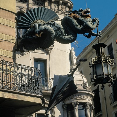 Drac de la casa Bruno Quadros, a la Rambla de Barcelona.  (Servicios Editorials Georama)