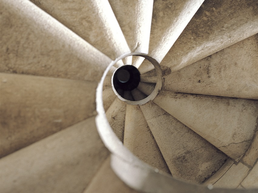 Escalera de caracol del Templo Expiatorio de la Sagrada Familia.