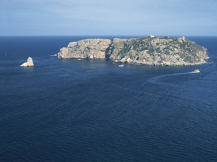 Punta de la Barra, Illes Medes.  (Servicios Editorials Georama)