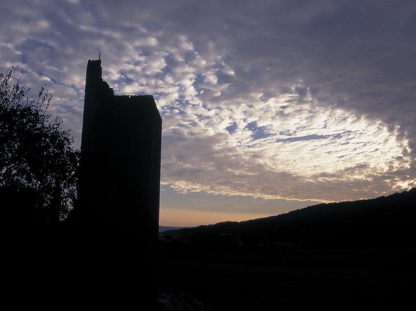 Torre de defensa de la villa fortificada de Peratallada.  (Servicios Editorials Georama)
