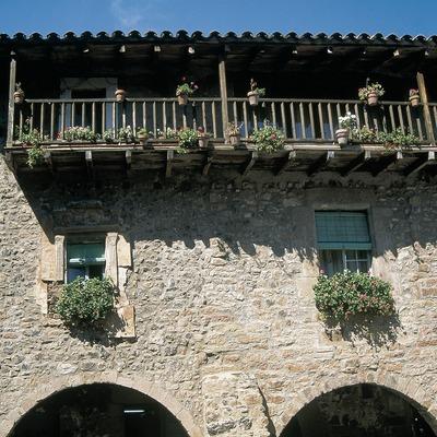Plaça Major o firal dels Bous de Santa Pau.
